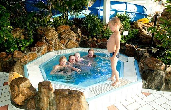 Leistert Subtropisch Zwembad Vakantiepark Met Zwembad