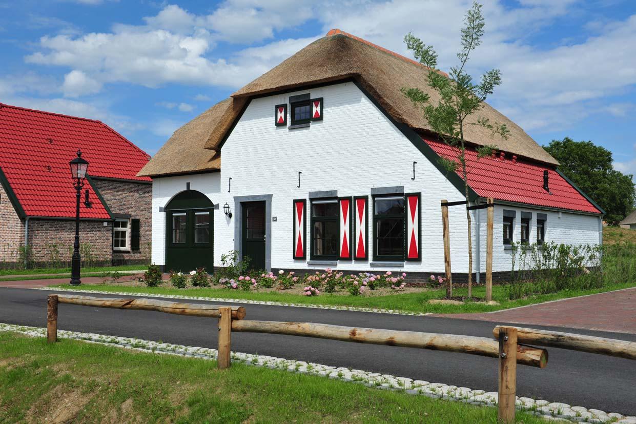 Bijzondere Huizen Nederland : Leistert grote vakantiehuizen nederland personen